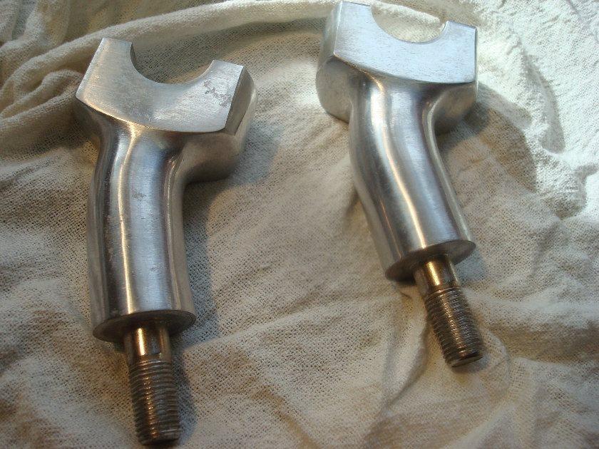 VALKYRIE 97 - 02 Stock handlebar risers