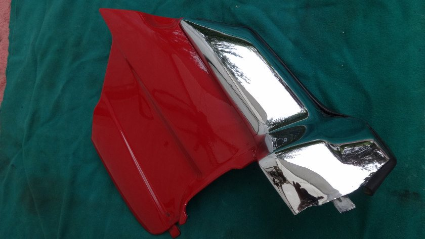 1992 to 2000 Engine cover, RIGHT hand, repainter GL1500