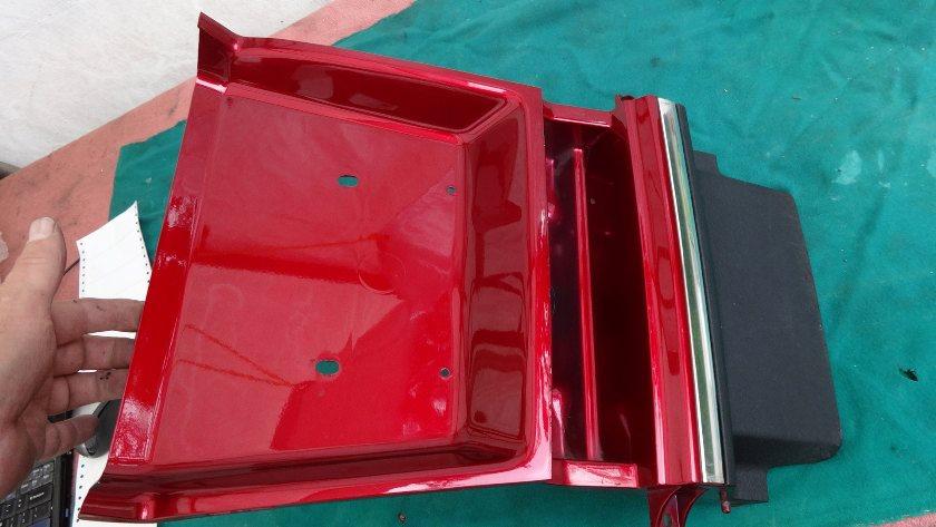 1992 to 2000 FENDER A, RR. *R176C* (CANDY SPECTRA RED) 80100-MAM-D40ZB Center rear fender section, custom bottom black trim GL1500