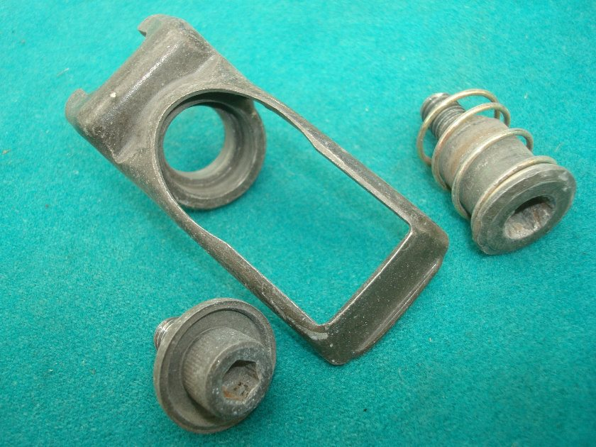 GL11 or 1200 84 to 87 Seat adjuster set for