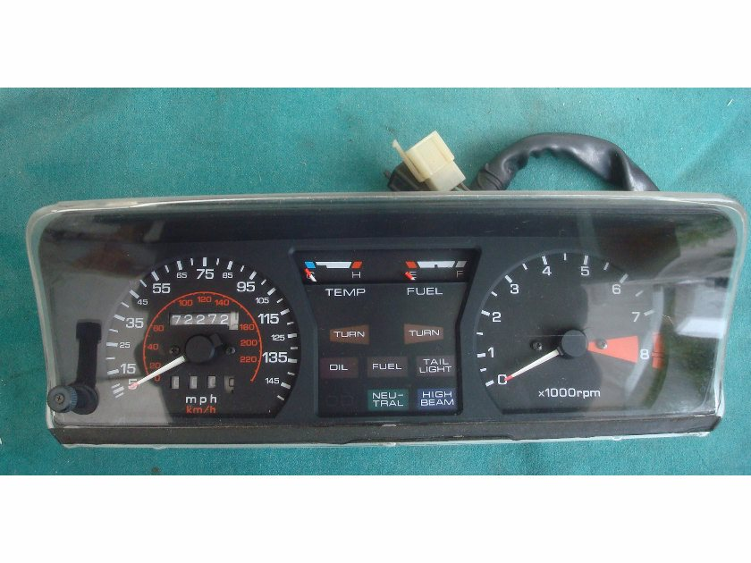 84 to 86 Guages Meter Assembly GL1500