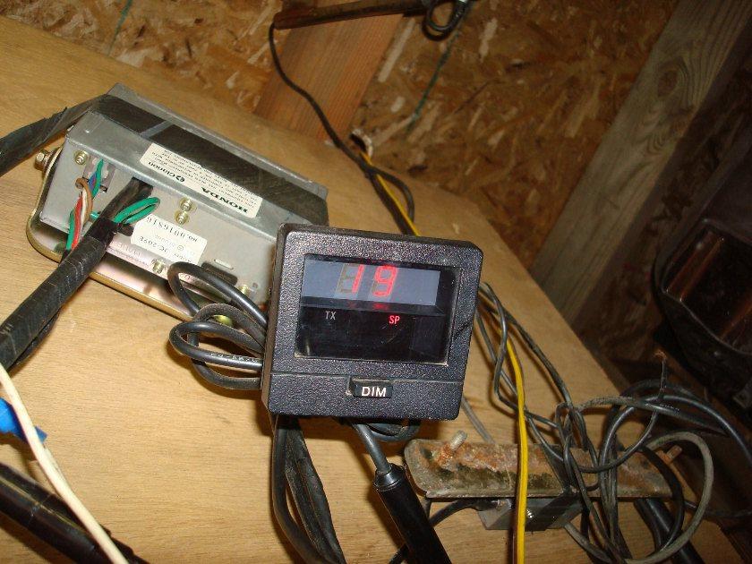 GL1100 80 81 82 83 CB gauge Clarion 2 audio com system GL1100