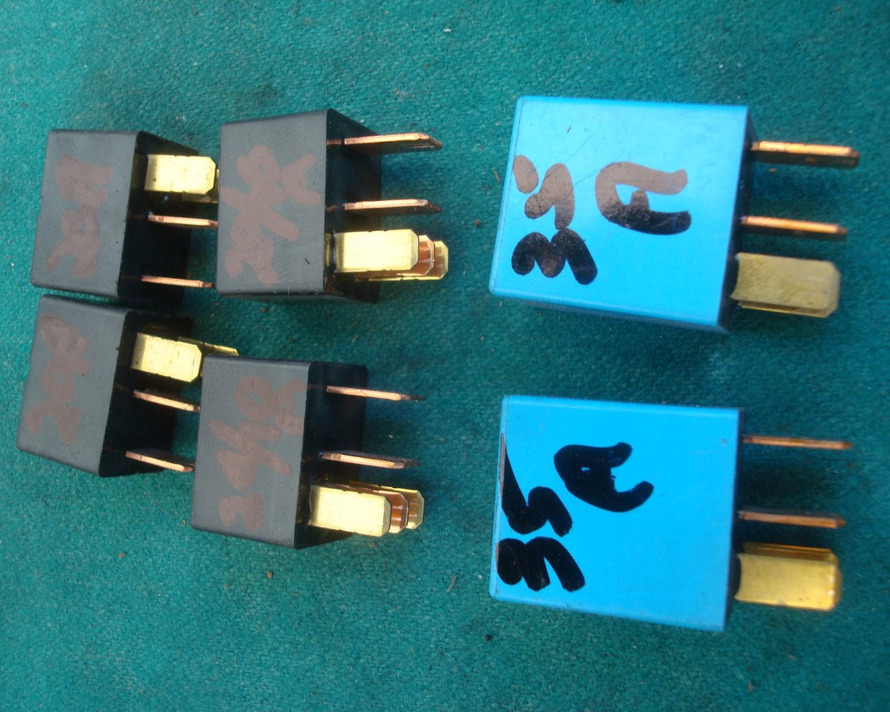 01 to 10 Main relays 20A, 20/10A, 35A GL1800