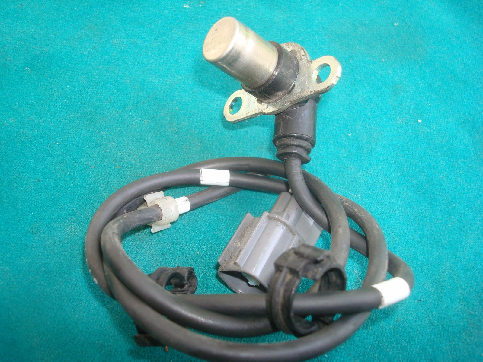 01 to 17 ABS SENSOR, RR. WHEEL SPEED 38510-MCA-A30 GL1800
