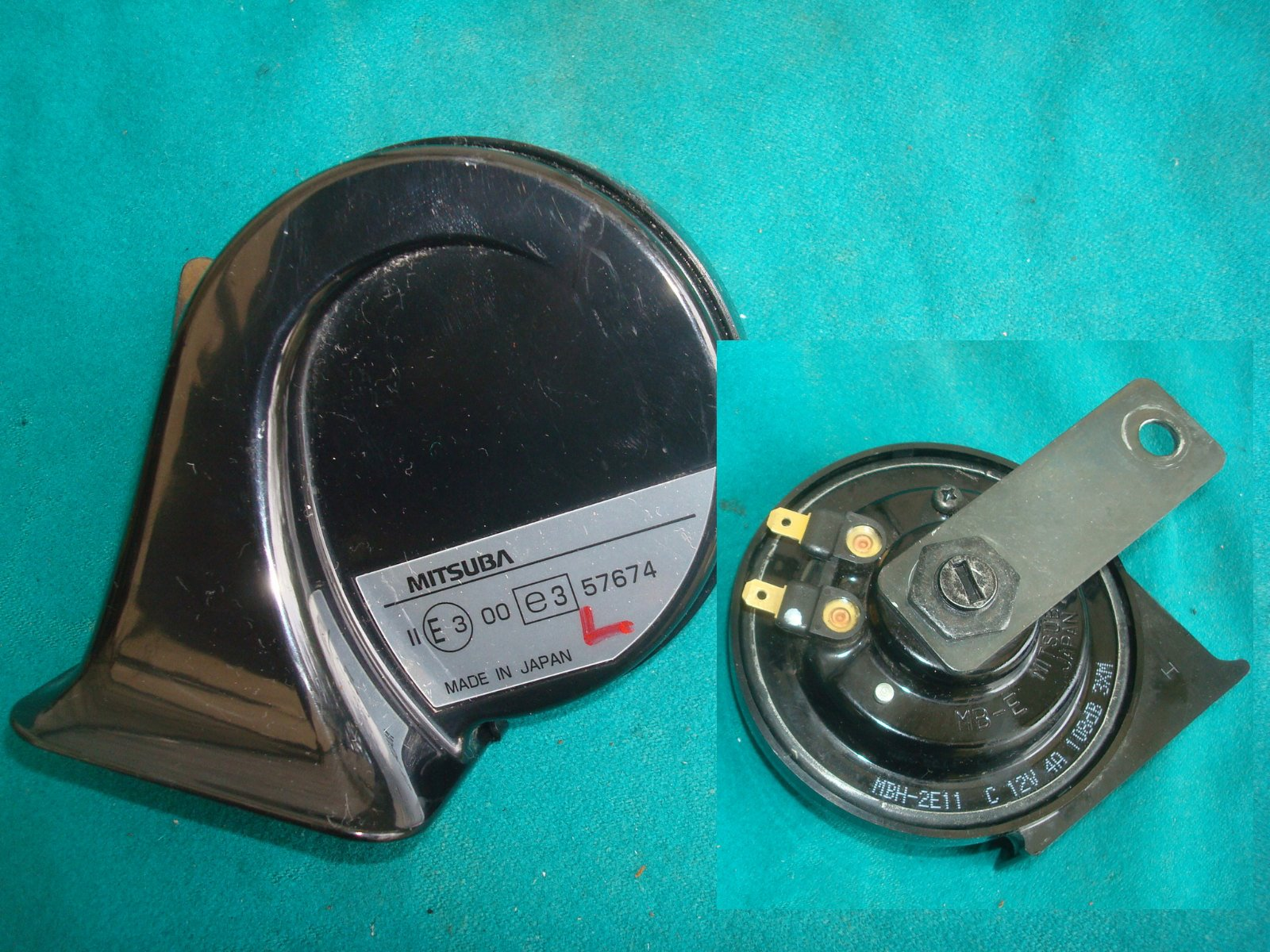 HORN ASSY. (HIGH) 38110-MCA-003 (RH) GL1800