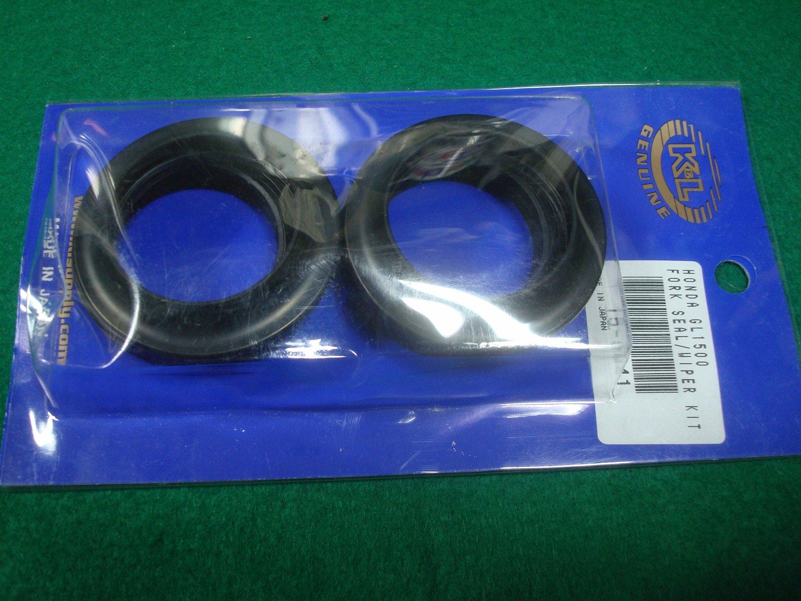 Goldwing GL1500 88 to 00 Fork seal kit K&L 15-5441